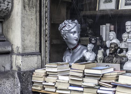 books, MonikaHorstmann